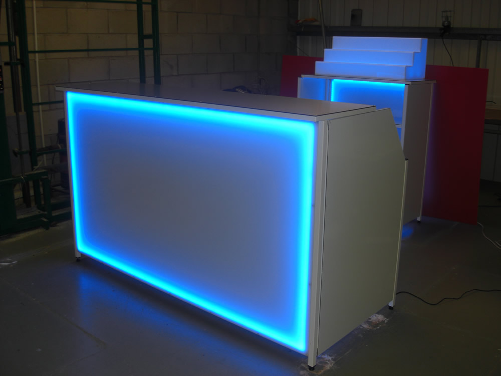 Steelworkshop Illume Led Colour Changing Mobile Bars