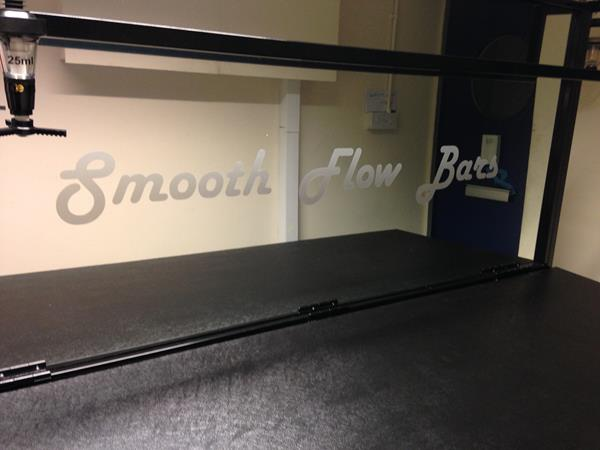 Steelworkshop Branded Mobile Bars Counters : Smooth Flow Bars 2 from steelworkshop.co.uk size 600 x 450 jpeg 32kB